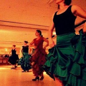 Flamencoles Bata de Cola masflamenco.nl